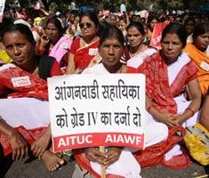 Anganwadi workers organise rally