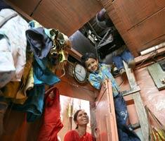 Slumdog Millionaire kids in slums