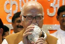 Advani gears up for polls