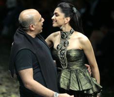 Tarun Tahiliani at Delhi Fashion Week: Day 1