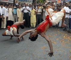 Mumbai celebrates Gudi Padwa