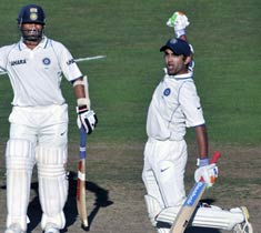 India recover slightly on Day 4