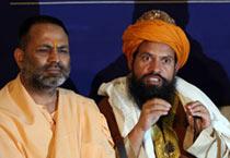 Hindu-Muslim religious leaders unite