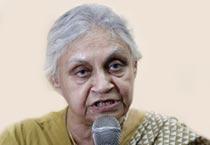 Sheila Dikshit campaigns in Mumbai
