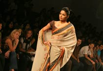 LFW Anand Kabra and Vineet Bahl