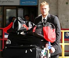 England team arrives in Mumbai