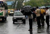 Cyclone Aila hits Bengal