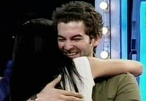 When Neil hugged Kat on <em>10 Ka Dum</em>