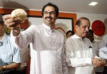 Sena launches 'Shiv Vada Pav'
