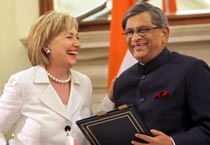 India, US sign new bilateral treaties