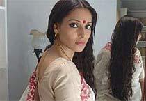 Bipasha's de-glam avatar