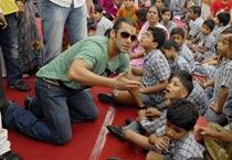 Salman, Prabhu Deva visit Jaipur