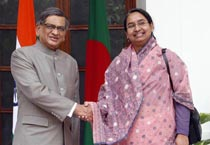 Bangladesh foreign minister arrives in India