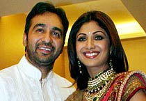 Shilpa & Raj get engaged