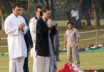 India pays homage to Indira