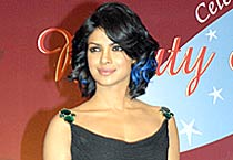 Priyanka gets blue streaks!