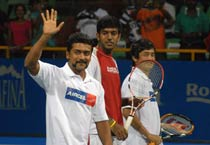 Action from day 1 of Chennai Open 2010