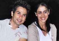 Shahid, Genelia's night out!