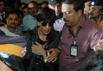 SRK back from Berlin premiere