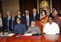 Pranab gears up for Union Budget