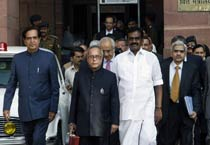 Pranab presents Budget 2010