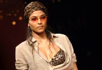 Sabyasachi plays with hippie look