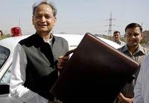Gehlot presents Rajasthan Budget 2010-11