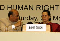 PM, Sonia attend convention of Law, Justice