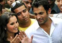Will Sania marry Shoaib?