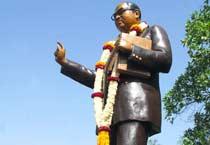 Ashok Gehlot pays tribute to Baba Saheb Ambedakar