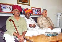 Bainsla meets leaders for Gujjar reservation