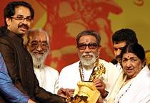 Sena honours Lata Mangeshkar