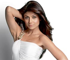 Shilpa Shetty sizzles on Cosmo's cover