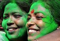 Mamata express sweeps WB civic polls