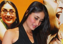 Kareena at <em>3 Idiots'</em> book launch