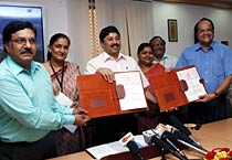 IGNOU signs MoU with textile institute