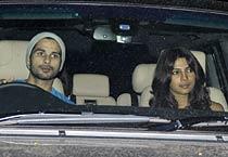 Shahid, Priyanka watch Anjaana Anjaani