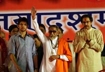 Bal Thackeray launches grandson into politics