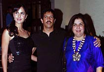 Katrina, John at Kabir Khan's B'day party at Trilogy