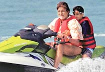 Adventurous Big B rides the waves in Goa