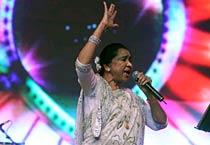 Asha Bhosle live at concert
