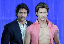 Hrithik Roshan unveils his wax statue at Madame Tussauds