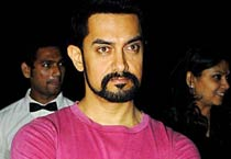 Aamir Khan at Stardust anniversary bash