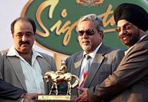 Indian Derby begins in Mumbai