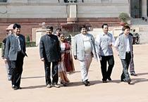 Northesat scam: Gadkari meets Patil