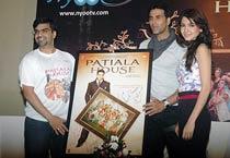 Akshay, Anushka promote Patiala House