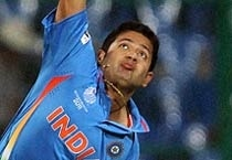 Chawla scalps 4 as India beat Oz in WC warm-up