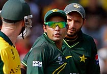 Pakistan beat Australia by 4 wickets