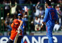 India beat the Netherlands by 5 wickets