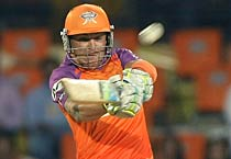 IPL: Kochi beat Chennai by 7 wickets